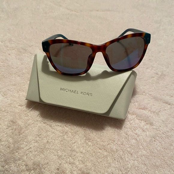 Used Michael Kors Sunglasses comes with MK Case